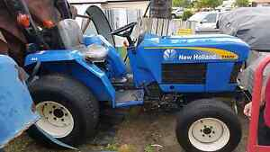 Tractor New Holland Banksia Beach Caboolture Area Preview