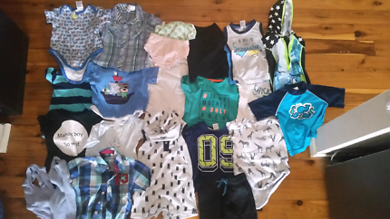 Baby boy clothing pack size 0-1 21 pieces