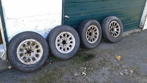 195/70-14 ArticClaw set tires and rims 6+mm tread asking $95 obo Kingston Kingston Area image 1