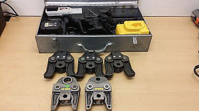 Rems Roller Multi-Press ACC Akku Pressmaschine Presszange 5x Pressbacken Uponor