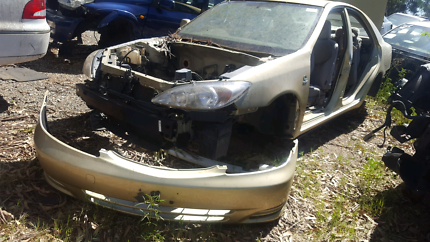 2003 TOYOTA CAMARY GOLD FOR WRECKING
