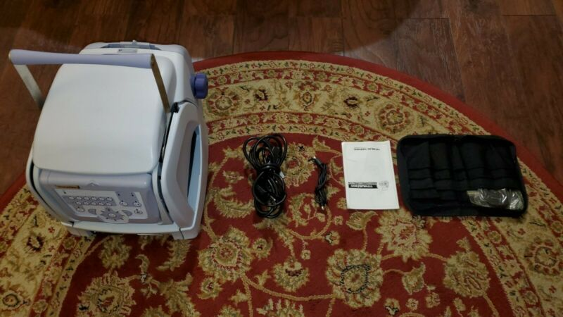 TITMUS i300 I SERIES PREMIUM PORTABLE VISION SCREENER TESTER W/ CASE