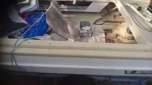 MARINER 50HP, REG TRAILER AND BOAT x-17 Cambridge Park Penrith Area Preview