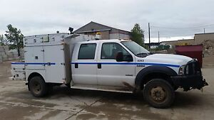 07 ford f550 service truck diesel, low kms