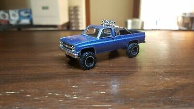 1:64 Custom Greenlight Lift Kit Truck