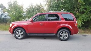 2010 Ford Escape LIMITED 4WD .LEATHER SUNROOF BLUETOOTH CERTIFIE