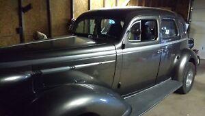 1937 Nash Antique