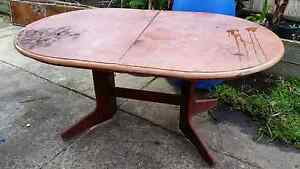 FREE laminate extendable table Lalor Whittlesea Area Preview