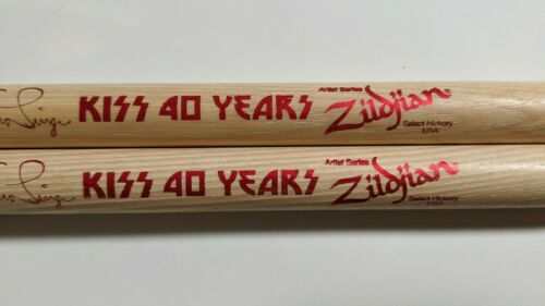 KISS ERIC SINGER Drumsticks DRUM STICKS 40 YEARS 2014-15 Tour Issued Version 1