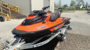 2016 Sea-Doo RXT - X 300