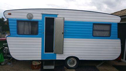 Viscount ambassador vintage caravan 16 foot beautiful van Coomera Gold Coast North Preview