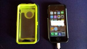 Iphone 5C 16 months old 16GB Cambridge Kitchener Area image 1