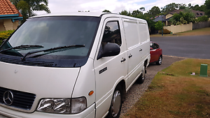 Mercedes MB100 Van. Commercial transport, courier. Mudgeeraba Gold Coast South Preview