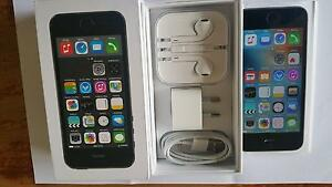 iphone 5S 16G unlocked full accessories excellent condition Vermont South Whitehorse Area Preview