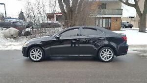 2011 Lexus IS 250 P.LEATHER Heated seats,Bluetooth,P.Sunroof AWD