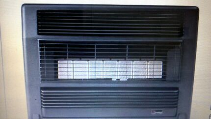 LARGE EVERDURE LPG (PROPANE GAS) HEATER. Wagga Wagga 2650 Wagga Wagga City Preview