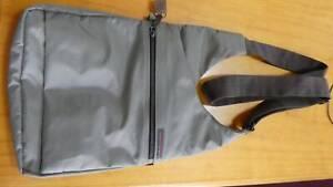 Hedgren crossover shoulder bag Mount Waverley Monash Area Preview