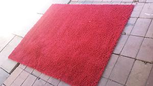 Red homemaker rug. Koondoola Wanneroo Area Preview