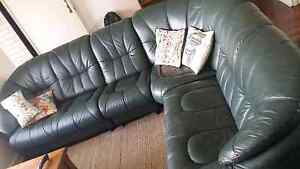 Large Leather Modular L-Shaped Couch Lounge Hamilton Hill Cockburn Area Preview