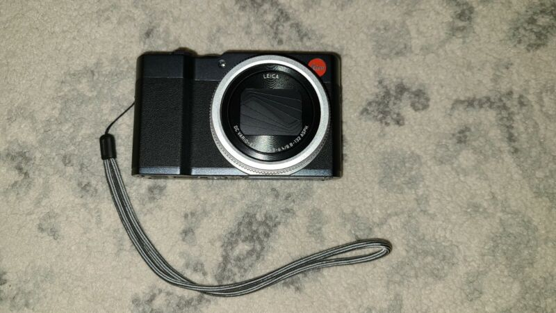 Leica C-LUX 19129 Digital Camera - Midnight Blue  20.0 mega pixel