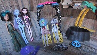 Monster High Doll Dead Tired Skull Shores Lot Desert Fright Oasis Pool Cabana Desert Oasis Pool