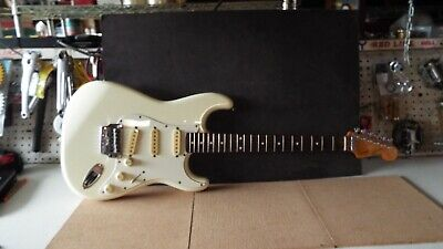MIJ FENDER Squire Stratocaster E-Series Made in Japan 1985-86