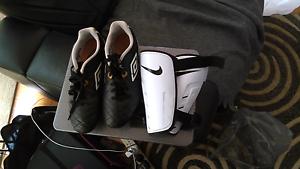 "Kids ""Umbro"" football boots with shin guards. Bentleigh East Glen Eira Area Preview"