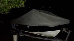 17ft boat cover good con $ 110 Little Mountain Caloundra Area Preview
