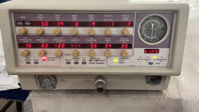 Bird 8400 STi Ventilator/Respirator with 10302R flow support & power cord