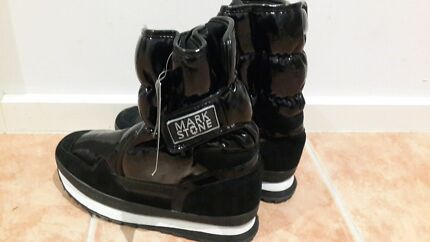 MARK STONE SNOW BOOTS SIZE 41 BLACK RRP $129 Oakleigh Monash Area Preview