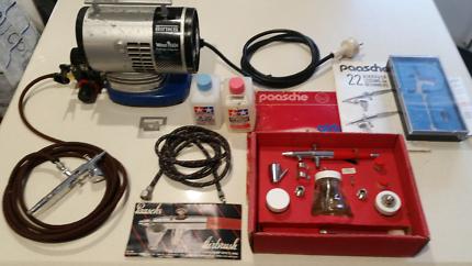 Airbrush Paaschs & Straddie with Binks air compressor