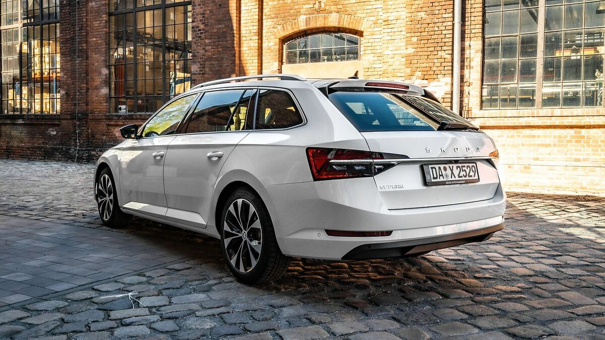 Skoda Superb 3 (2019) Test  4