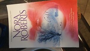 Nora Roberts the gift novel