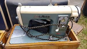 Vintage Sewing machines Meadow Heights Hume Area Preview