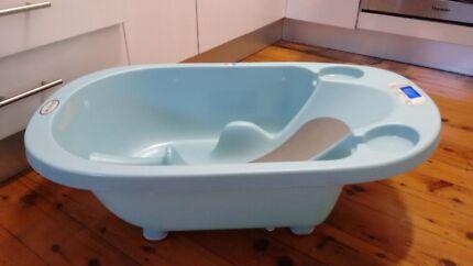 Baby bath with built in temperature gauge Bexley North Rockdale Area Preview