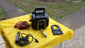 Boat winch electric 12 volt Sandstone Point Caboolture Area Preview