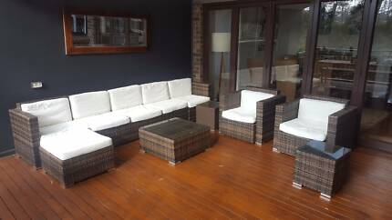 Outdoor lounge setting - $100