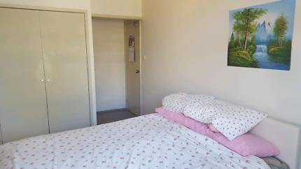 Short term private ensuite room in Sydney CBD near Darling Harbou