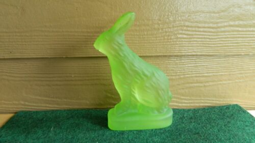GREEN FROSTED SATIN GLASS RABBIT FIGURINE - EASTER BUNNY - VERY HEAVY!