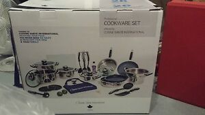 Healty cookware set  offerd by Cuisine Sante canada