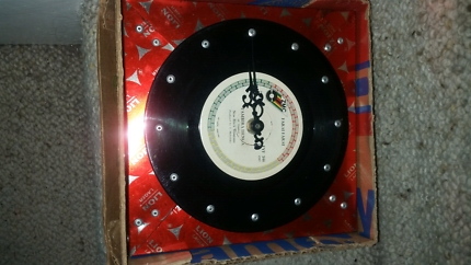 retro record clock