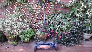 Lawn mower flymo h40 hand push VGC Karrinyup Stirling Area Preview