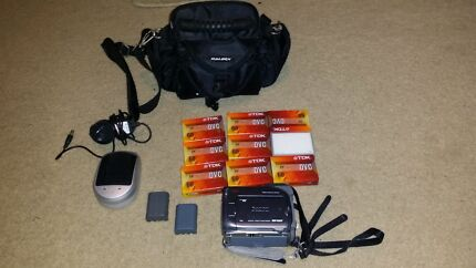 Canon MV920 digital video camera  Ingleburn Campbelltown Area Preview