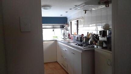 URGENT SALE !! VACANT Permanent Onsite 22' Caravan with Annex Furnissdale Murray Area Preview