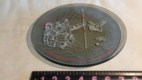 NASA & ROCKWELL Manned Flight Awareness Plate 1988 Honoree Event Houston, Texas