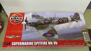 Airfix Supermarine Spitfire MKVB 1:24 Gift Set A50141 Large Scale Model