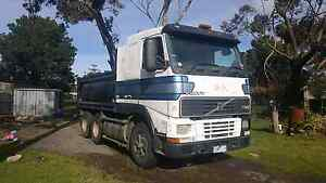 volvo fh12 tipper Meadow Heights Hume Area Preview
