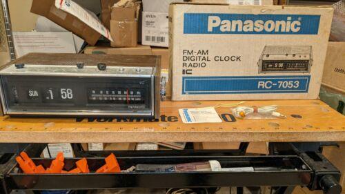 Panasonic RC-7053 FM-AM Digital Clock Radio w/ Original box & Tags