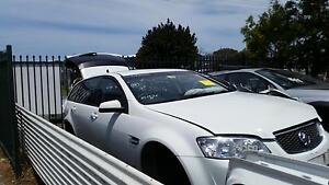 Holden Commodore VT VX VY VZ VE ! WRECKING inc Accessories Mardi Wyong Area Preview
