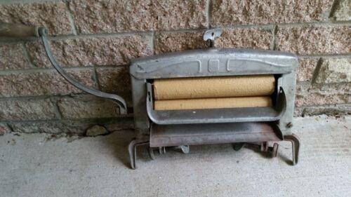 Vintage Lovell Antique Metal Wash Tub Hand Cranked Wringer